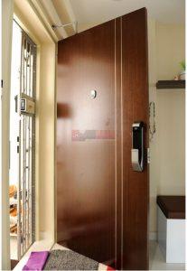 int_doors